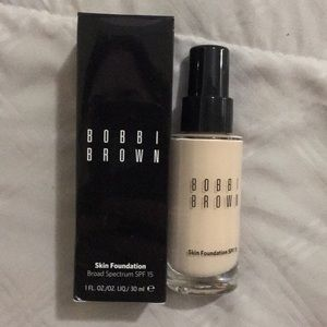 BNIP Bobbi Brown skin foundation 0 porcelain spf15